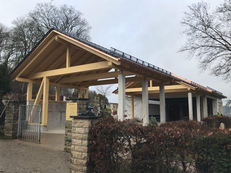 Überdachung Friedhofsvorplatz Unterrot